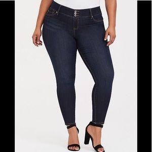 Torrid • High-Rise Dark Wash Skinny Jeans Size 12
